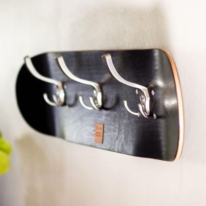 Porte-manteaux skateboard